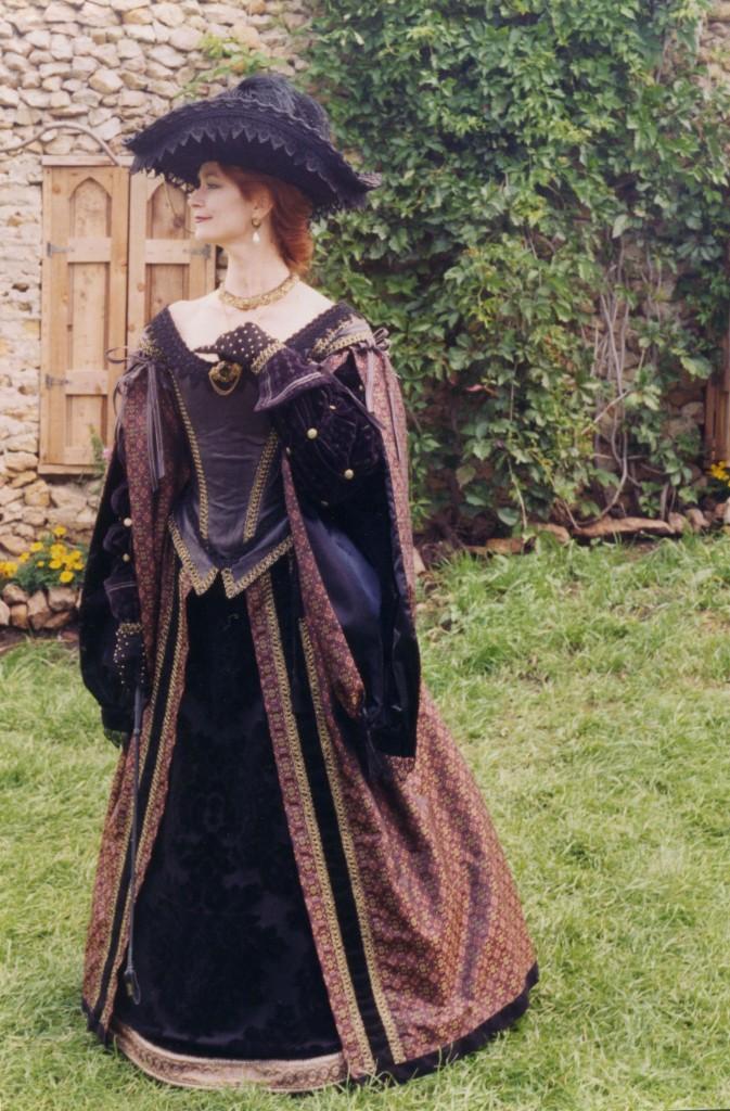 Laura-92-673x1024.jpg