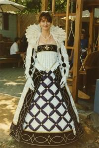 Laura b35